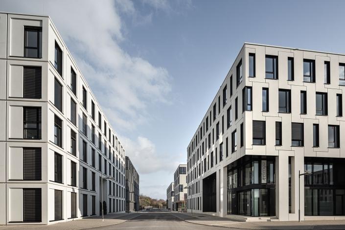 Mannheim Eastsite, Straßenansicht Konrad-Zuse-Ring