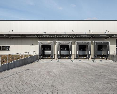 BGS, Bruchsal - Außenansicht der neuen Logistikhalle